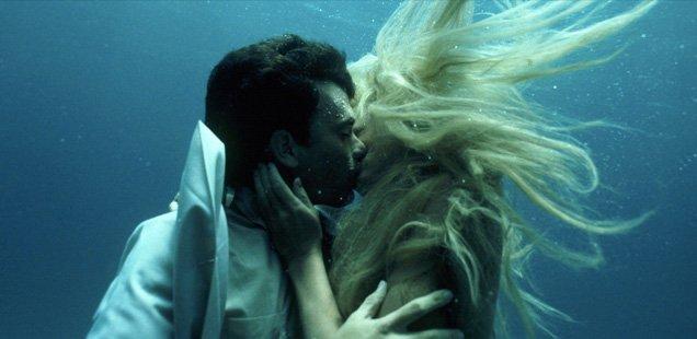 dive in movies splash