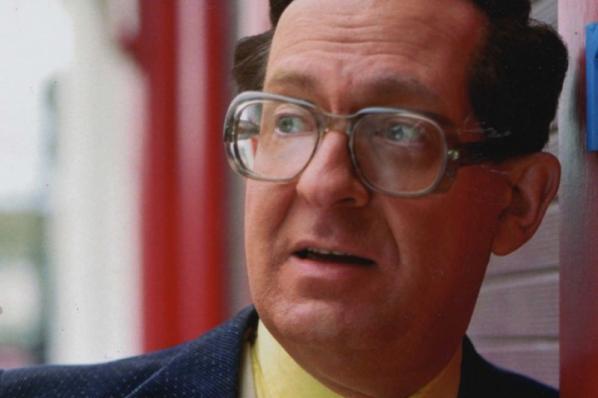 Earl Okin