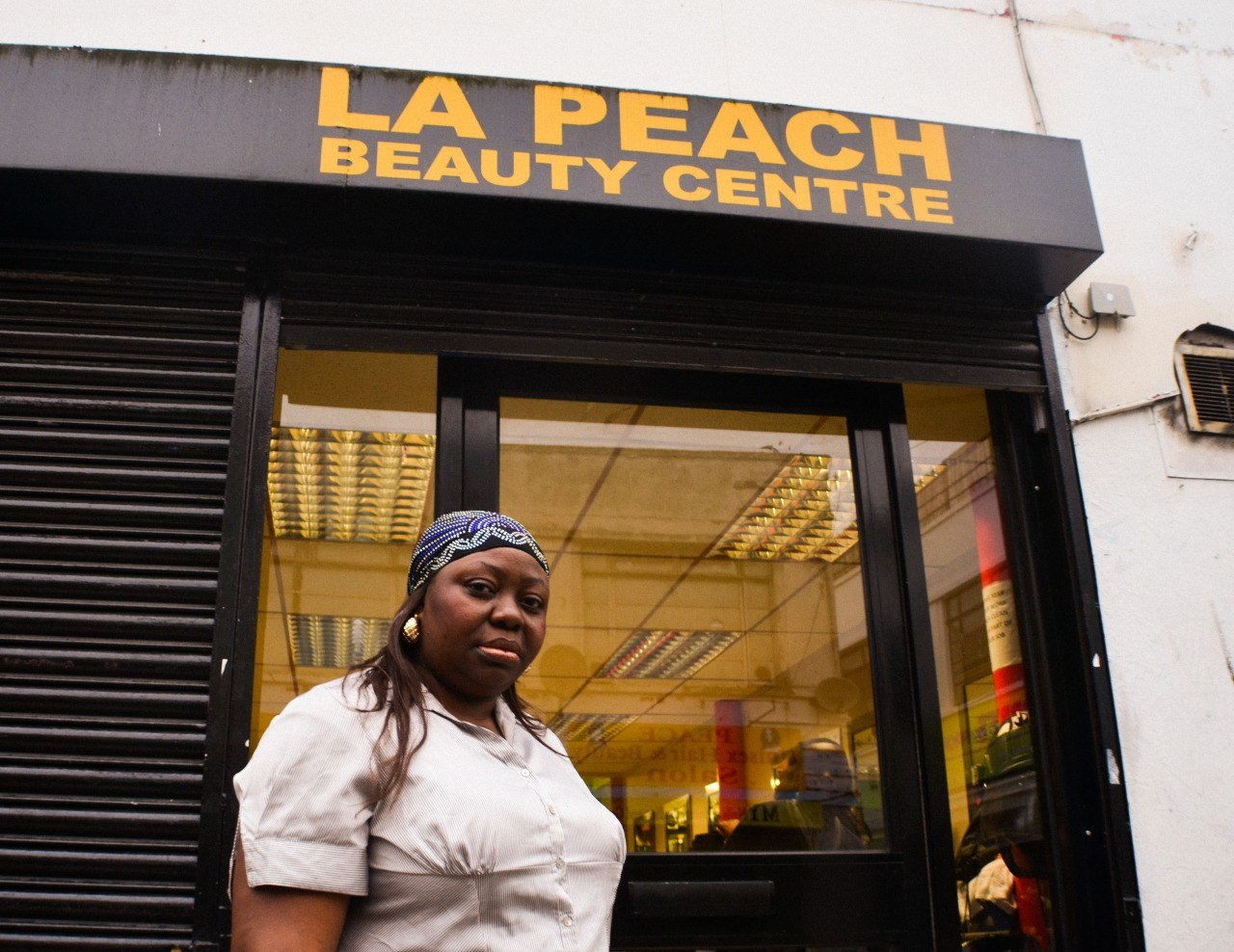 Toyin at La Peach Beauty