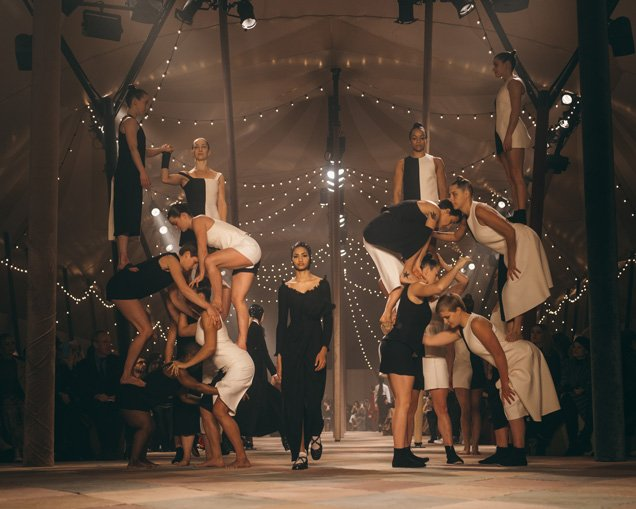 Interview: Lina Johansson from British Female Circus Company, Mimbre Fresh from the Knockout Dior Paris Fashion Show 2