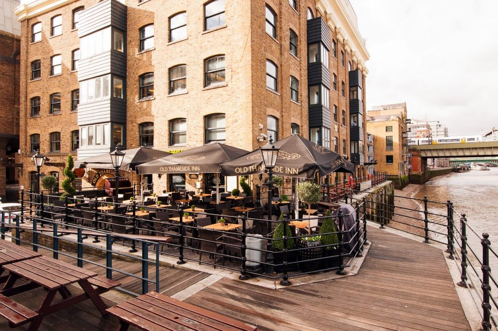 36 Places to Drink Outside in London 23