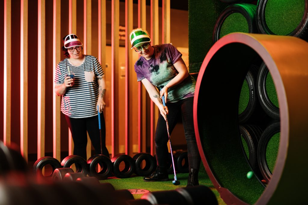 WIN a crazy golfing experience at Putt Club Docklands! 1